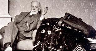 "freud is not dead When carl jung and sigmund freud met for the first time, they talked for thirteen hours, virtually without stopping dec 6,  ""i'm not dead yet"":."