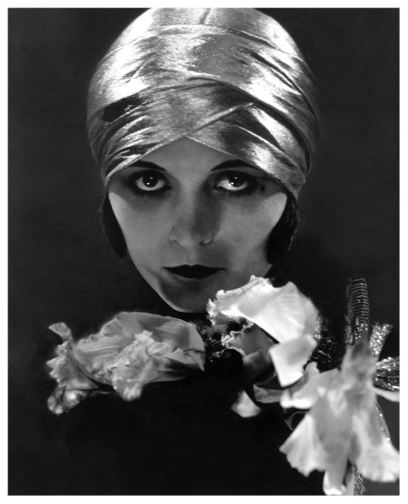 Edward Steichen photo of Pola Negri. Vanity Fair magazine June 1925.