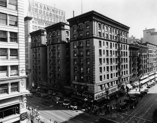 Photo of Lankershim Hotel courtesy of LAPL.