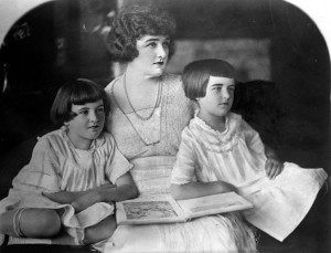 Mariion, Mrs. Parker, Marjorie. [Photo courtesy LAPL]