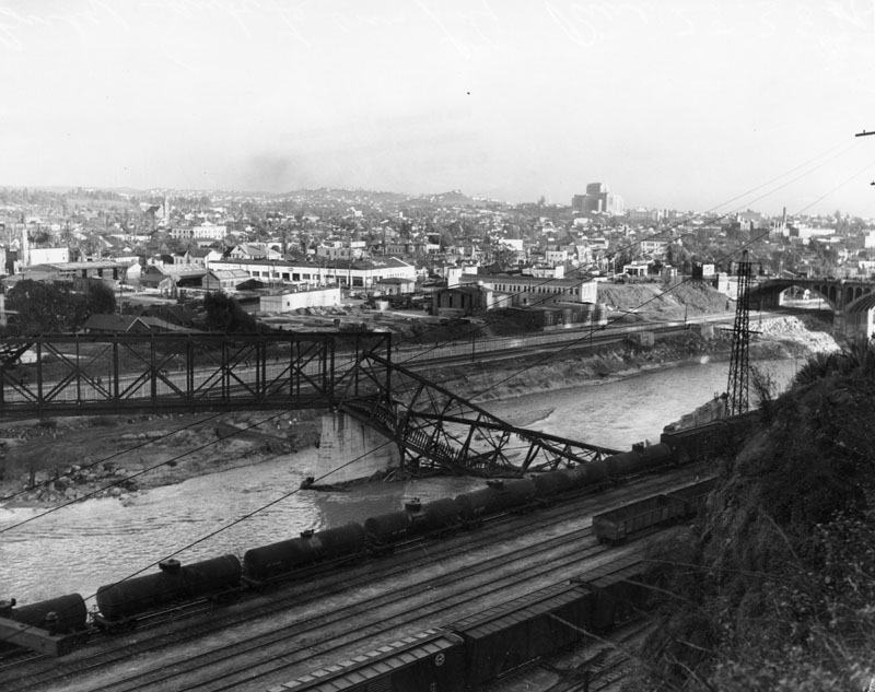 00019312_LA river flood 1930